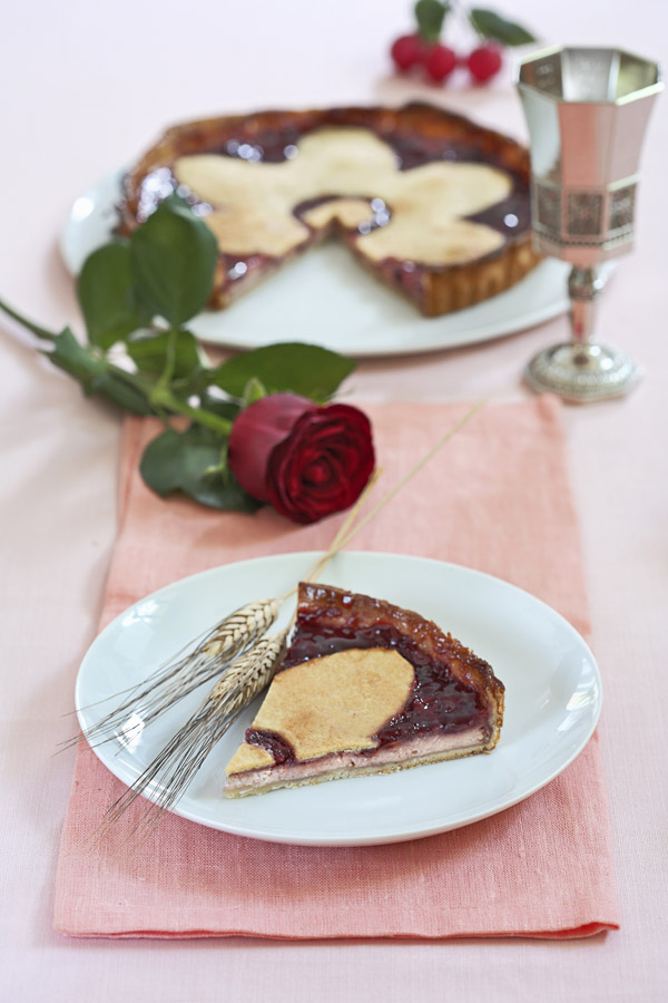 Sour Cherry tart - Crostata di Visciole by DinnerInVenice