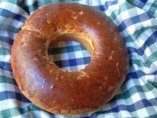 Bolo or Bussola' (Sweet Bread with Raisins)