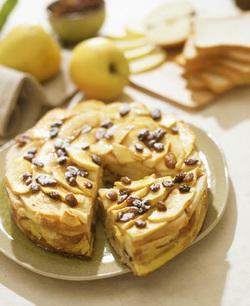 Dolce di Pane e Mele (Bread and Apple Cake) (Dairy)