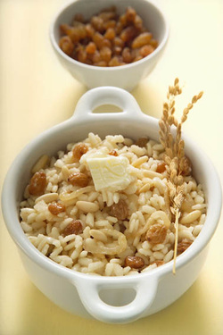 "Venetian Rice with Raisins (""Risi e Ua"")"