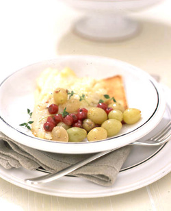 Halibut in Grape and Red Currant Sauce