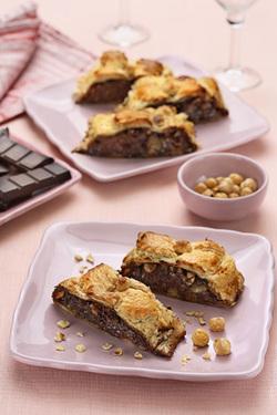 Sfogliata Gianduja e Pere (Puff Strudel with Chocolate, Hazelnuts and Pears) (Dairy or Parve)