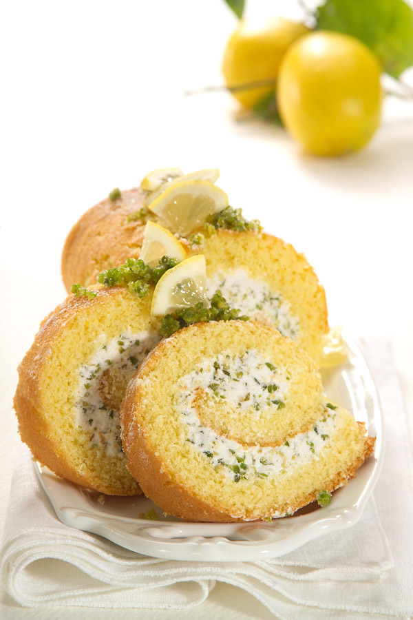 Pistachio Swiss Roll by DinnerInVenice