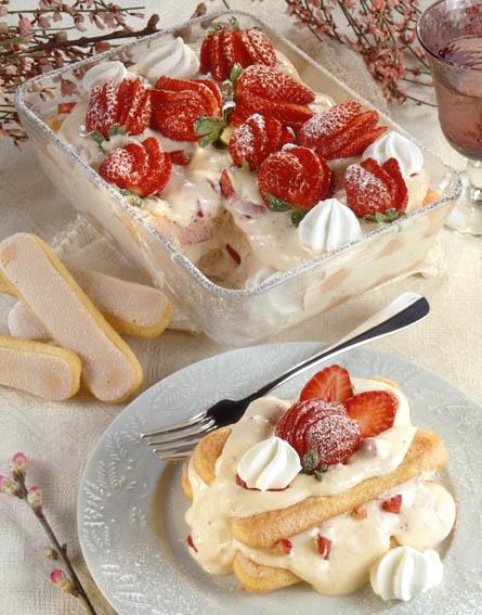 Strawberry Prosecco Tiramisu by DinnerInVenice