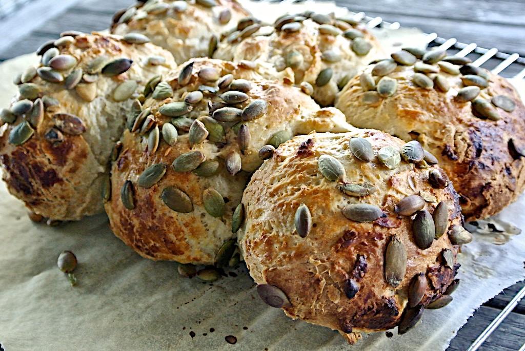 Silvia Colloca's Pumpkin Seed Rolls - SilviasCucina.net for Dinnerinvenice.com 2